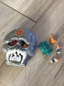 Mighty Max Playset, Figures