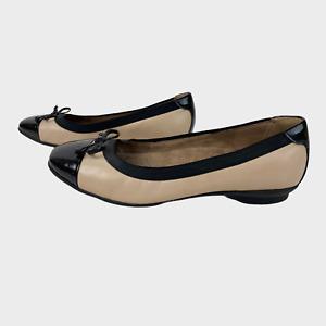 CLARKS ARTISAN Ladies Womens Shoes Size 3E EU 35.5 Black Beige Bow Flat Wide Fit