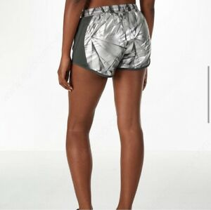 Under Armour Metallic Silver Fly By Shorts Women's Size Small