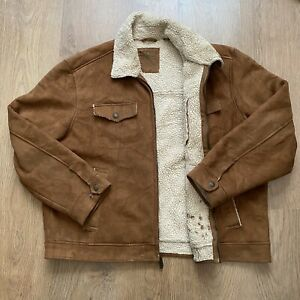 Levis Camel Brown Soft Sherpa Jacket Trucker Style - Size XL Extra Large