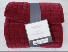 "THRESHOLD 50""x60"" QUILTED VELVET BLANKET-BERRY(4PCS)"