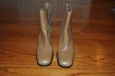 Womens GIANNI BINI Beige Leather Boots Size 9 M Gorgeous!!