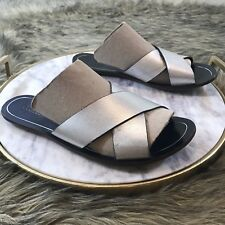 J. Crew Womens Sz 8 M Silver Black Footbed Leather Flat Slip On Sandals FlipFlop