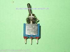 Interrupteur inverseur à levier APEM 5236AB  Unipolaire ON - ON Permanent