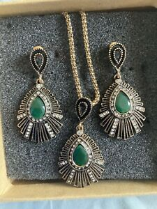 turkish jewellery earrings and necklace