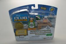 Disney Club Penguin Aunt Artic with Desk Series 11 New and Sealed Pack