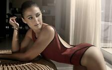 Emmanuelle Chriqui A4 Photo 14