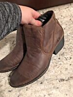 BORN  Womens Distressed Brown Leather SLIP ON HEEL Ankle BOOTS SIZE 6.5