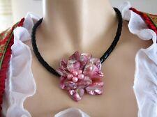 Kette 48cm Halsband Kunstleder Lederband 6mm, Blumen Rosa aus Perlmutt u. Perlen
