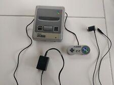 Nintendo Super NES Konsole mit Zubehörpaket.