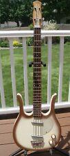 Danelectro Longhorn Bass,! 1966! Original,! Excelente Estado! con Hondo ajustada HSC