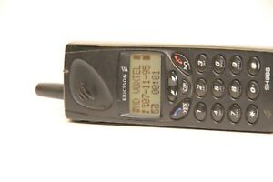 OLD Vintage ERICSSON Mobile Cellular SH888 GSM Antenna Phone Collectible 1100801