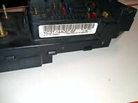 2000 -01 Ford Excursion / F250 / F350 Inner Fuse Relay Box YC3T-14A067-BE