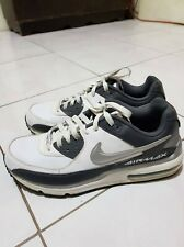 NIKE Air Max Shoes Size 11 Mens