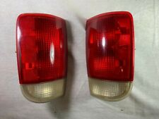 95-05 Fits Chevy Blazer S10 GMC Jimmy S15 Left Right Tail Lights 16518499
