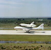 10x10 NASA Photo - Space Shuttle Columbia arrives at Kennedy Space Center (e489)