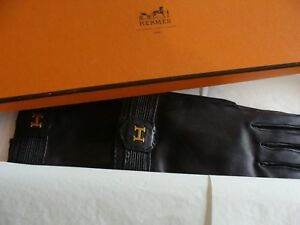 AUTHENTIC HERMES  black leather Gloves,  H design, NEW with Box and ribbon.