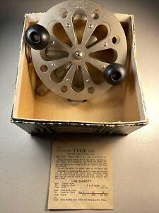 Vintage Pflueger Taxie Fishing Reel - 3128 - Nice Reel -  Original Box & Paper