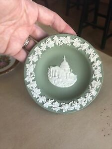 """Wedgwood """"US Capitol"""" 4 1/2"""" Plate Sage Green"""