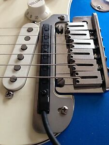 Roland GK-2A GK-3  Pickup mounting plate for Strat