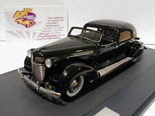 """Matrix 50303-061 # Chrysler Imperial C-15 Town Car Baujahr 1937 """" schwarz """" 1:43"""