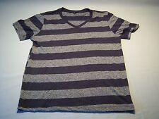 21 Men Casual Striped V-neck T-shirt Men's Size L