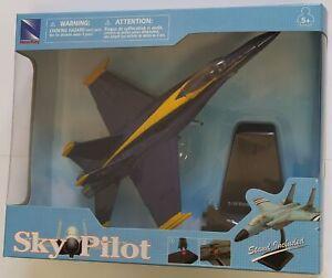 New-Ray Sky Pilot Aereo F-18 Hornet Blue Angels Model Plastic