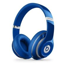 Auricolari e cuffie blu di marca Beats by Dr. Dre