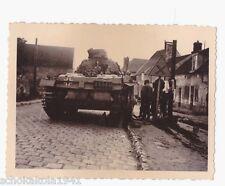 Original Foto Panzer 3 bei Kettenreparatur am Strassenrand
