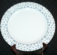 """(1) Martha Stewart Everyday Made in France Blue Floral Band Dinner Plate 10 3/4"""""""