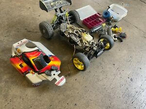 1/8 Scale XTM 4WD R/C Nitro Off Road Buggy For Parts Only...