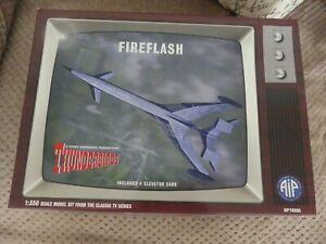 AIP 10006  1:350  THUNDERBIRDS  FIREFLASH   MODEL KIT NEW NOT SEALED