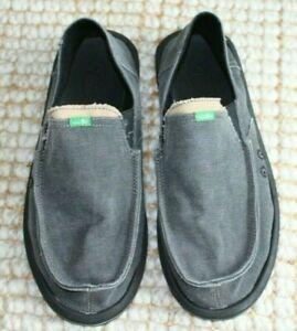 Sanuk Mens size 10 gray slipons