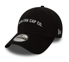 NEW ERA 9FORTY STRAPBACK CAP. NEW ERA SCRIPT. BLACK