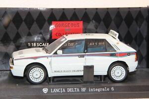 1:18 Kyosho Lancia Delta HF Evo2 Martini