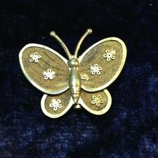 Butterfly flowers mesh floral pin Vintage style brooch Gold effect