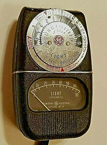 Vintage GE General Electric Exposure Light Meter Type DW-68 USA Made