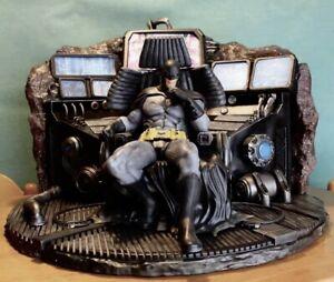 Pre order Throne Batman Bruce Wayne 1/4 Figure Private custom Polostone statue