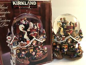 Kirkland Musical Waterglobe Revolving Base Christmas *Deck The Halls* Snow Globe
