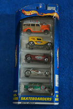 NEW~ Hot Wheels ~ 2000 SKATEBOARDS GIFT PACK 5 VEHICLES Item 50036