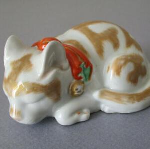 "Vintage KUTANI 4"" Sleeping Cat IMARI Style Pumpkin BOW w Gold Bells Marked JAPAN"