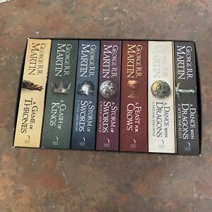 Game of Thrones 7 Book Set George RR Martin Song of Ice and Fire + Poster Map