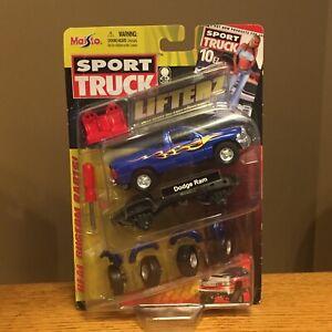 Maisto Sport Truck Lifterz Blue Dodge Ram Truck Custom Diecast Imperfect Package