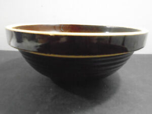 """VINTAGE MADE IN U.S.A GLAZED BROWN POTTERY BOWL 8"""""""