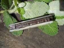 Ancien couteau plaquettes nacre , Epoque XIXème multifonction , tranche décorée
