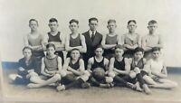 .RARE 1920 DANVILLE HIGH SCHOOL, KENTUCKY, MIDGET BASKETBALL TEAM OFFICIAL PHOTO