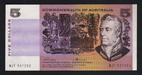 Australia R-204. (1972) 5 Dollars - Phillips/Wheeler.. aU-UNC