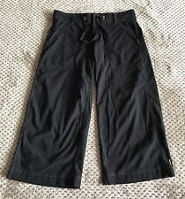 Lucy Women's Sz XS Black Nylon Cropped Athletic Pants Capris Stretch Sport