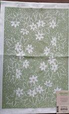 100% Cotton Anemone Towel 14 x 20 by Ekelund