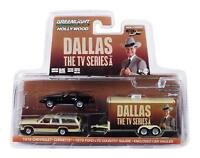 GREENLIGHT HITCH & TOW DALLAS FORD COUNTRY SQUIRE & CORVETTE C3 1/64 SET 31070-C